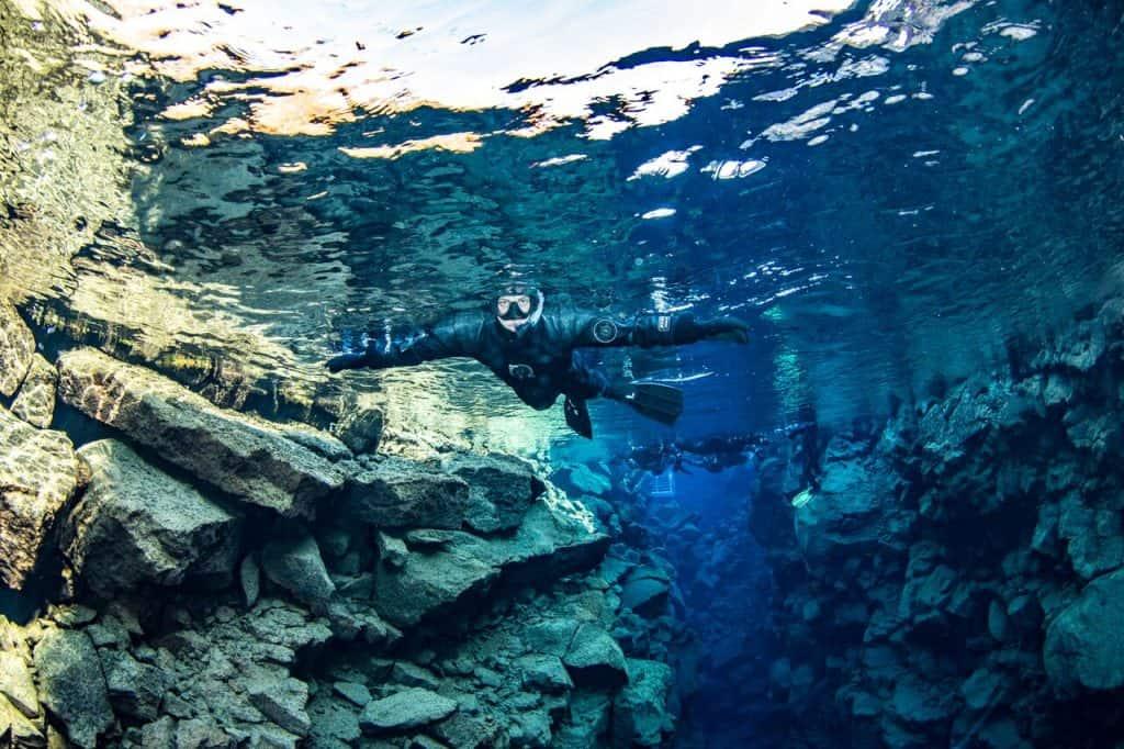 Snorkeling ini Silfra Fissure